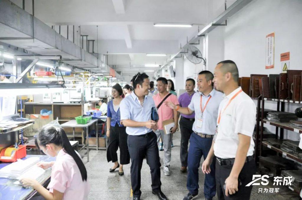 东成硅胶制品制造工艺